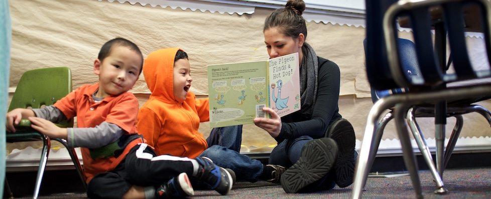 Teacher reading to her students